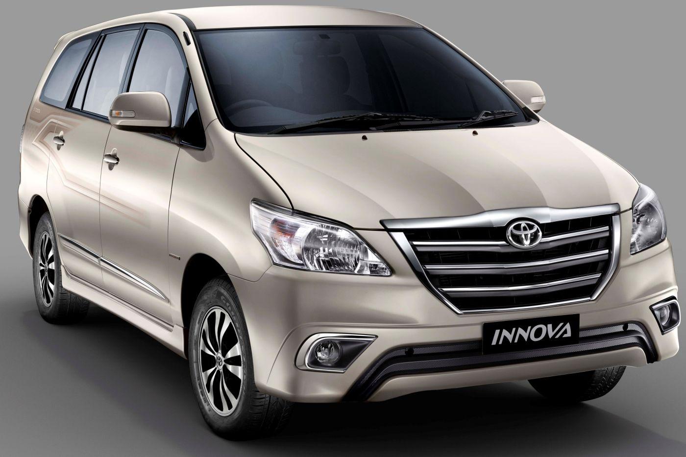 Lý do mọi người thích thuê xe 7 chỗ Innova Toyota 2015?