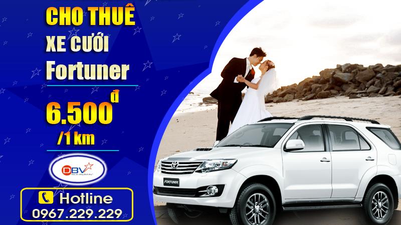 Cho thuê xe cưới 7 chỗ Fortuner Toyota