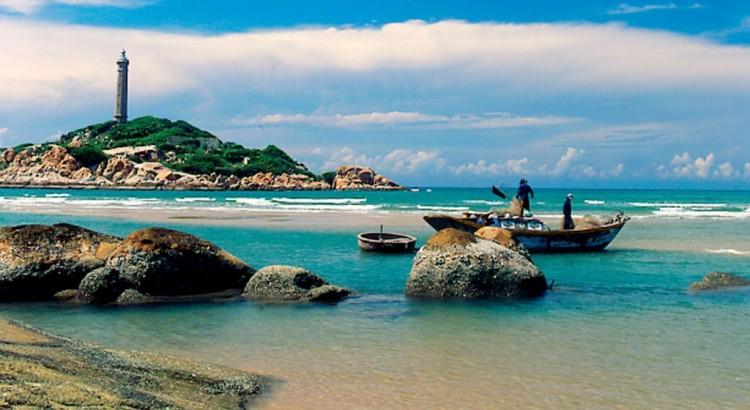 Cho thuê xe 7 chỗ đi tour du lịch biển uy tín, giá rẻ
